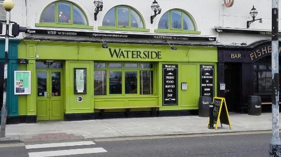 The Waterside Bar