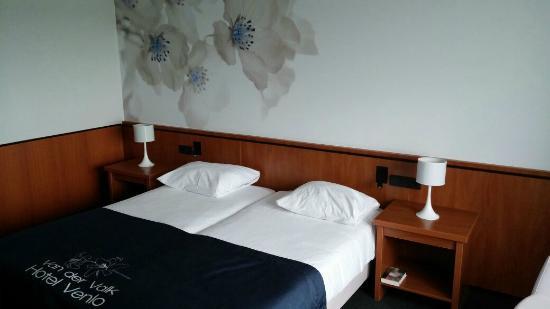 Van der Valk Hotel Venlo: Room