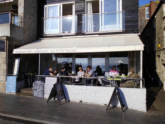 Onshore Restaurant: sea view