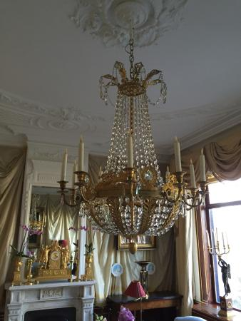 Park Mansion: One of the 3 chandeliers