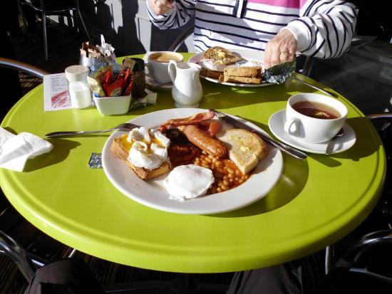 Onshore Restaurant: Just under £8!!