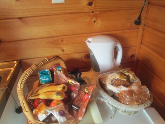 Fox Glacier Lodge: une partie du petit déjeuner