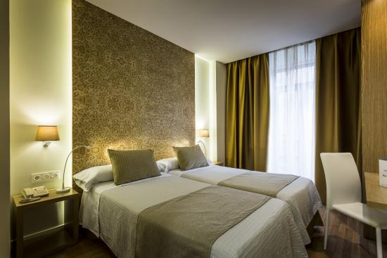 Photo of Hotel Comfort Dauro 2 Granada