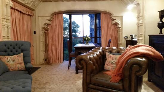 Thorngrove Manor Hotel: Inside the Queen's Chamber