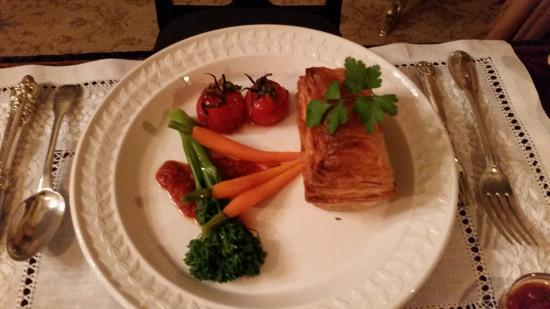 Thorngrove Manor Hotel: Home made venison pie - one of the best pie