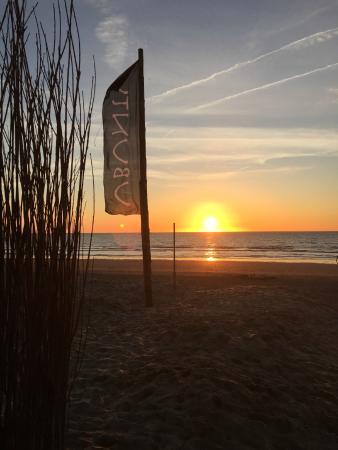 impressie sunset ubuntu door isabelle nave - photo de ubuntu