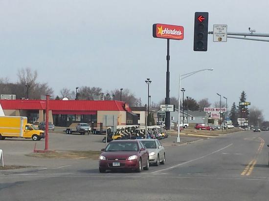 Sauk Centre, MN: Hardee's