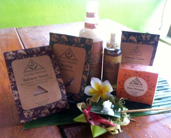 Cafe C'est Bon : some of our herbal products