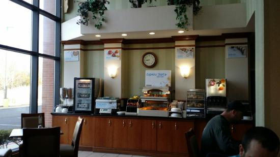 Holiday Inn Express Hotel & Suites Quakertown: Clean nice place