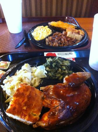Chimneyville BBQ Smokehosue: Lunch!