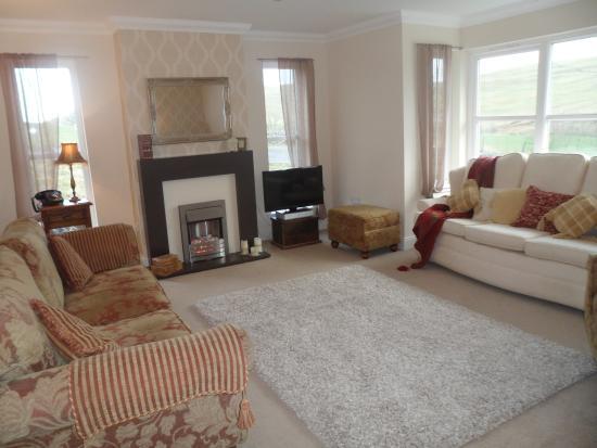 Borthwick View: Lounge