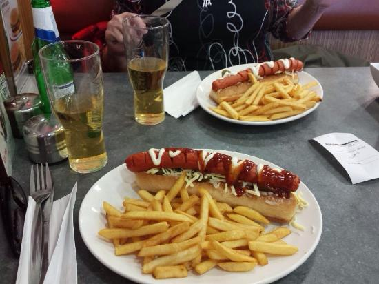 Wimpy Worthing: Hot dogs and beer