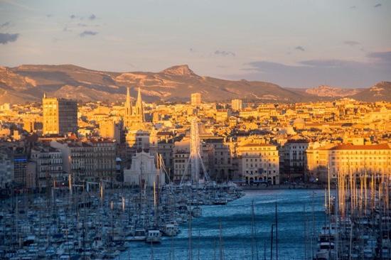 Coucher de soleil sur le vieux port picture of sofitel marseille vieux port marseille - Sofitel vieux port marseille ...