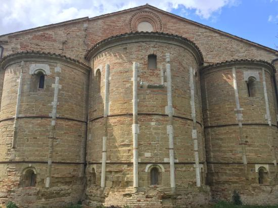 Abbazia di Santa Maria di Rambona