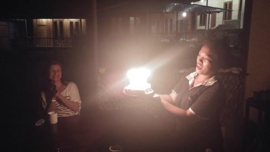 Cakalang Bunaken: Festa di compleanno a sorpresa