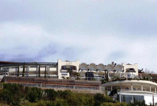 Hotel Castel: Sicht von Aussen