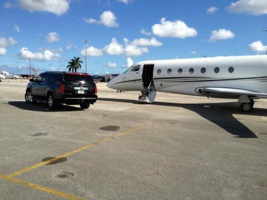 Miami Lux Limousine: Miami Lux Limo Car Service Port Cruise Airport