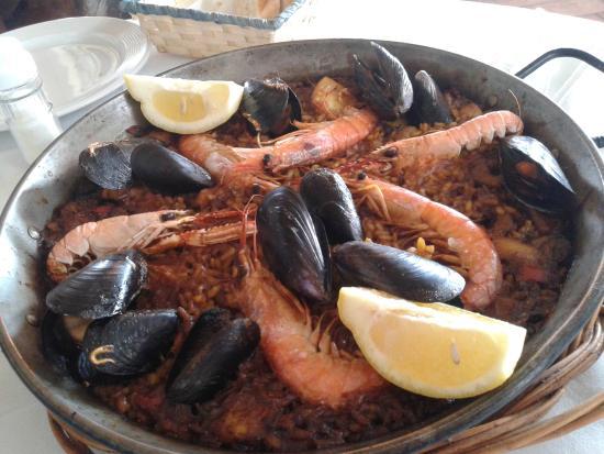 Restaurant POPS: Paella marinera para dos
