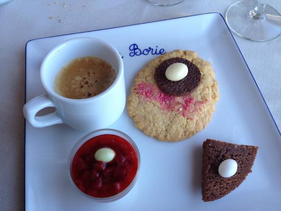 Auberge La Borie : Café gourmant