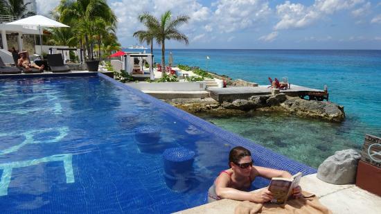 Hotel B Cozumel S Pool And Mini Lagoon