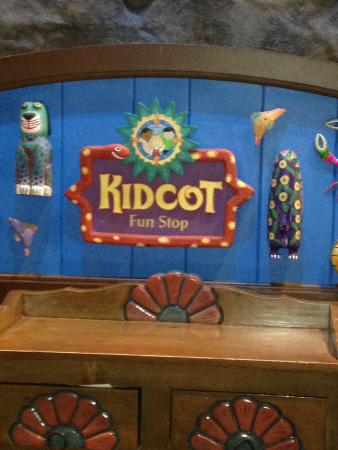 Epcot World Showcase : KidCot - These are in each country and kids can get their passports stamped here.