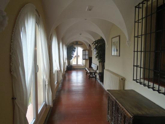 Castell de Mata : Pasillo del hotel
