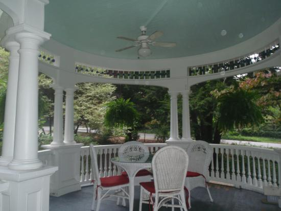The 1899 Wright Inn and Carriage House: The front porch