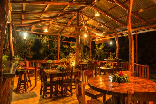Finca Verde Lodge : The Hummingbird cafe