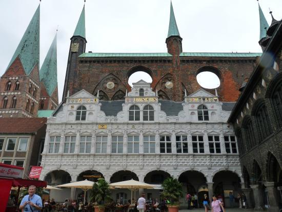 Lubeck Altstadt (Lubeck Oldtown): Hotel de Ville