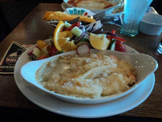 Crown Inn: Seafood Pie