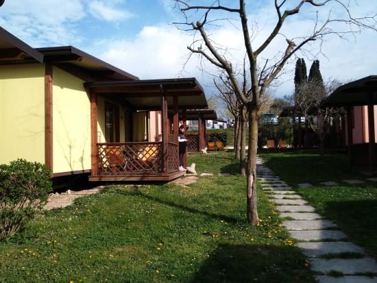 Bungalow m picture of piani di clodia lazise tripadvisor for Piani di appartamento garage bungalow