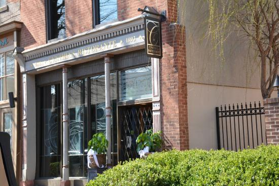 Cynthia's Ristorante: Cynthia's On 2nd Street at Market Sq