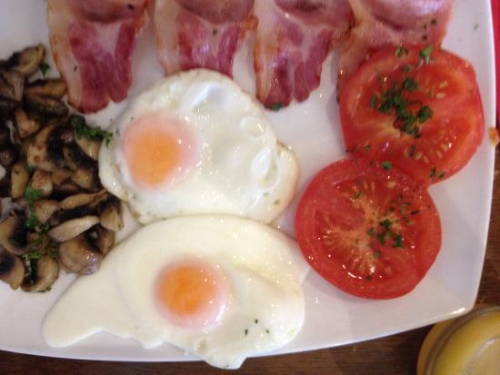 Mi Casa Su Casa: Breakfast