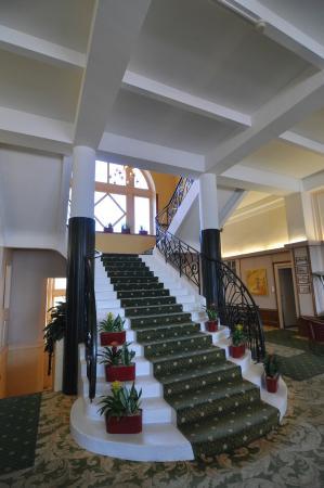Le Grand Hôtel : escalier classé