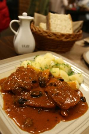 Limba cu Masline [ Beef Tongue Stewed with Olives ]