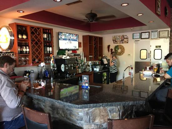 Brooklyn Boys: Bar area