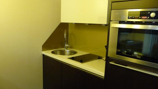 MyPlace Premium Apartments - City Centre: Cocinita
