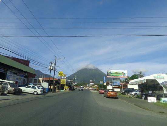 La Amistad Hotel: Vista al Volcan