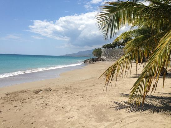 Golden Shore Beach Resort : Beautiful beach!