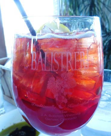 Balistreri Vineyards: cherry wine spritzer