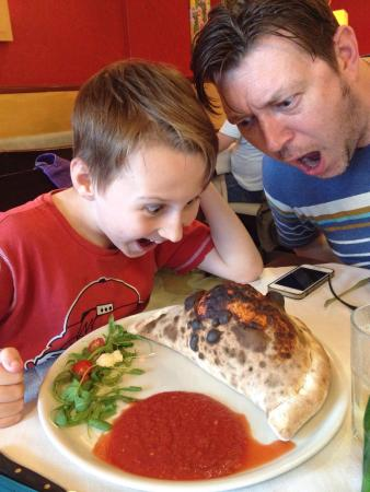 Pizzeria Al Giardinetto: My 10yr old ordered a calzone. He ate it all!!