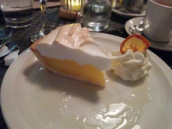 Restaurant L'escalope: Délicieuse tarte citron meringue!!!