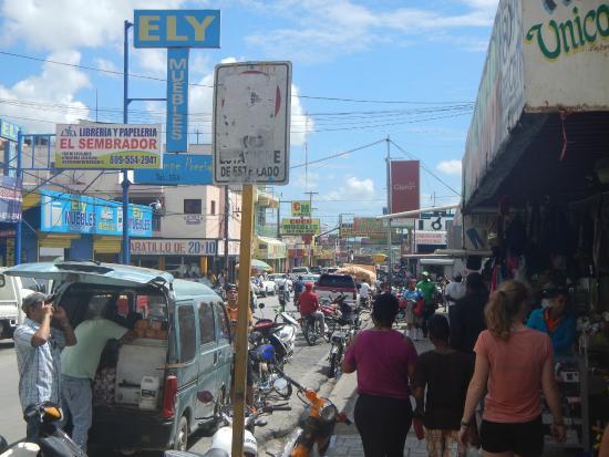 Bayahíbe, República Dominicana: Tipico mercato dominicano