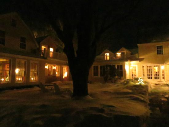 1708 House: night view from parking lot