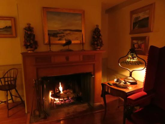 1708 House: fireplace going