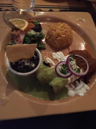 Casa de Mateo: Nourriture et service excellent  Si vous voulez manger du vrai et Typique mexicain