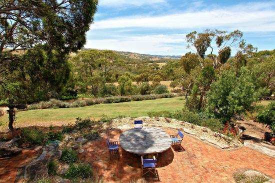 Yankalilla, Australia: A great place to enjoy the view with a glass of wine.