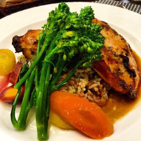 Carolina Cafe: Airline Chicken