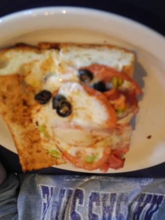 Magpies Gourmet Pizza: The Grinder