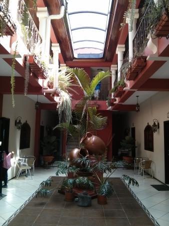 Hotel Real Camino Lenca: postal de la entrada Real Camino Lenca